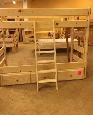 Nelson's Furniture Centralia