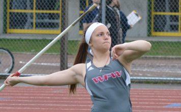 Bottenberg throwing javelin