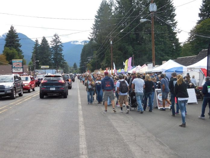 packwood flea market