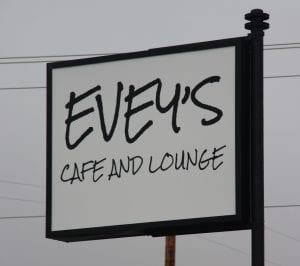 Evey's Café and Lounge