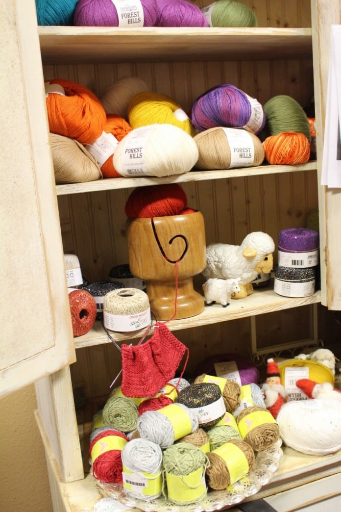 loose ends yarn